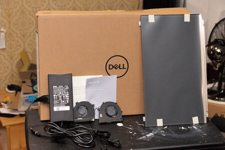 Dell G3 package and accessories.jpg